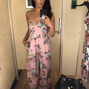 Floral Jumpsuit 🌸 -with pockets!